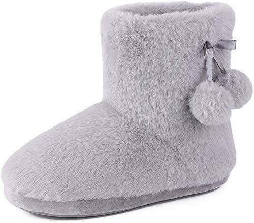 SnugLeaves Damen Memory Foam Coral Fleece Stiefel Hausschuhe warme Hausschuhe mit süßen Bommeln, Grau, 38/39 EU Weit