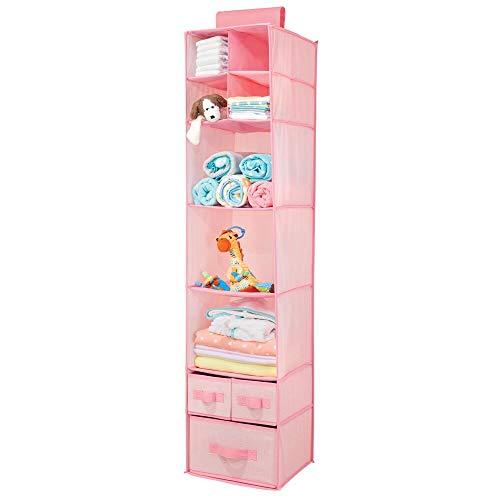 mDesign Armario colgante de fibra sintética – Organizador para armario de los niños con 7 estantes de tela y 3 cajones – Estantería para colgar y guardar mantas, pañales y ropa de los niños – rosa