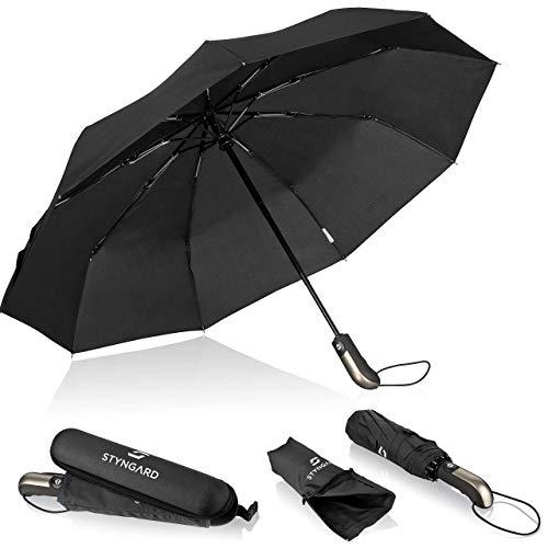 Regenschirm sturmfest bis 140 km/h - Taschenschirm mit Auf-zu-Automatik und zertifizierter Teflon-Beschichtung gegen Feuchtigkeitsschäden - Langer Griff - STYNGARD