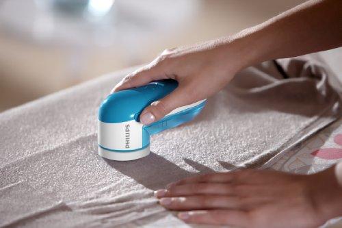 Philips Noppborttagare - Passar alla plagg - Stor knivyta tar effektivt tar bort noppor och ludd - AA batterier medföljer - Ger dina gamla plagg nytt liv på ett kick - GC026/00