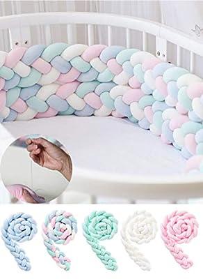 >> MATERIAL SEGURO PARA BEBÉ: El juego de cama para cuna para bebé está hecho de felpa de alta calidad, suave y duradera; acolchado con relleno de algodón PP, sin plomo y sin olores anormales. >> PROTEJA A SU NIÑO: El parachoques de la cama con nudo ...