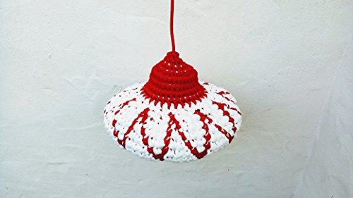 Gesprenkelter weiß und Rot gehäkelt Lampe