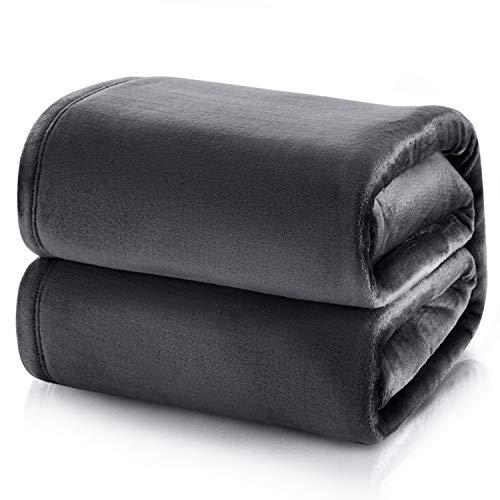 Bedsure Mantas para Sofás de Franela 150x200 cm - Manta para Cama 90 Reversible de 100% Microfibre Extra Suave - Manta Color Negro Antracita Transpirable