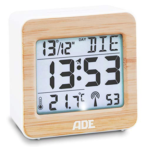 ADE Digitaler Funk-Wecker CK1941 Tischuhr digital mit DCF Zeitsignal, Gehäuse mit echtem Bambus, LCD-Display, Thermometer für Raumtemperatur, Wecker mit Schlummerfunktion, Funkuhr inkl. Batterie