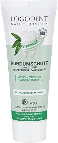 LOGODENT Natuurcosmetica extra rondombescherming Daily Care tandcrème met fluoride, met biologische pepermuntolie, met natriumfluoride voor effectieve cariepreventie, veganistisch, 3 x 75 ml