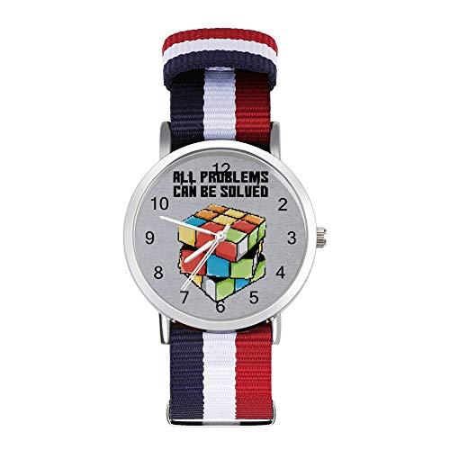 All Problems Can Be Solved Rubiks Cube Pixel Art Reloj de pulsera trenzado con escala