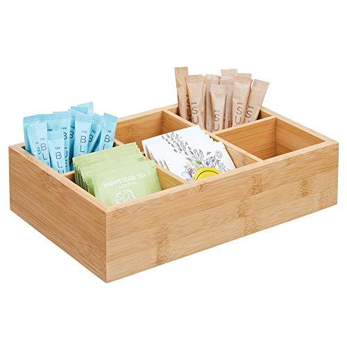 mDesign Caja de almacenaje de madera – Caja de madera con 6 apartados para bolsitas de te, azucar, sal, pimienta y cafe – Practico organizador de te en madera de bambu – color bambu