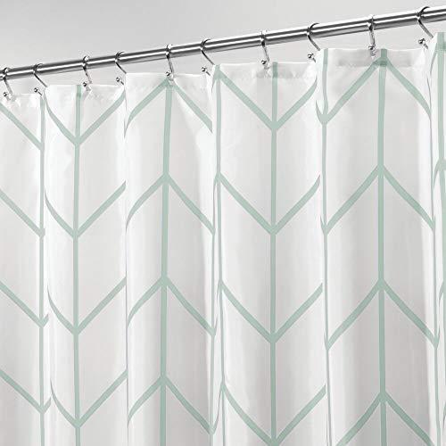 mDesign Duschvorhang – wasserabweisender Spritzschutz mit attraktivem Muster – leicht zu pflegener Badewannenvorhang – mintgrün/weiß
