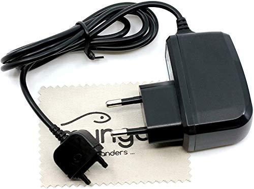 Ladegerät passend für Sony Ericsson K550i, K530i, K510i, K330i, K320i, K310i, K220i, K200i, F100i Jalou, J230i, J220i, J120i, J110i, J100i Ladekabel Netzteil 1A OTB mit mungoo Bildschirmputztuch