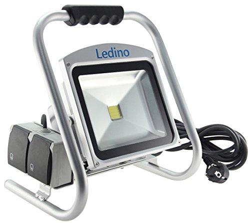 Ledino LED-Strahler, mit Bodenständer und 2-Fach Steckdose, 30 oder 50 W, Silber 50 Watt