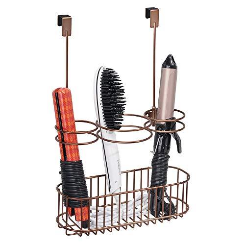 mDesign Soporte para secador de pelo sin taladro – Práctico colgador de puerta con cesta de metal...