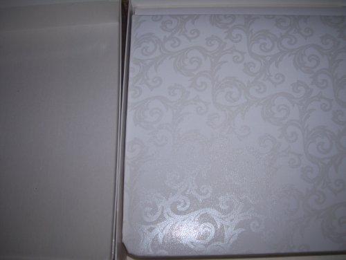 Creative Memories CM-7B White 7 X 7 Album by Creative Memories