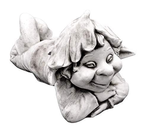 gartendekoparadies.de Massive Steinfigur lustiger Gnom Faulpelz Troll Wichtel aus Steinguss frostfest