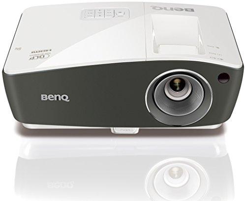 BenQ TH670 Full HD 3D DLP-Projektor (1920 x 1080 Pixel, Kontrast 10.000:1, 3000 ANSI Lumen, HDMI, USB, 1,2x Zoom) weiß