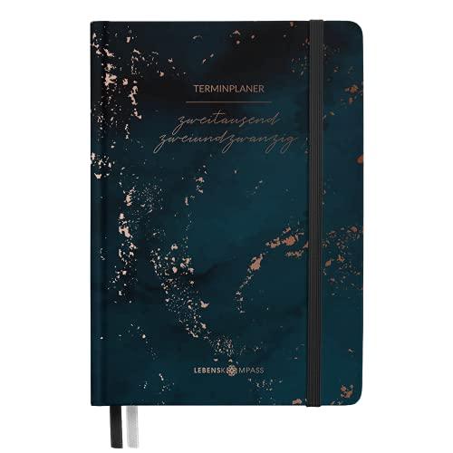 """Kalender 2022 A6 """"MIDNIGHT"""" Lebenskompass® - Schöner Taschenkalender 2022 mit Gummiband & 2 Lesebändchen - Achtsamer Terminplaner mit vielen Extras"""