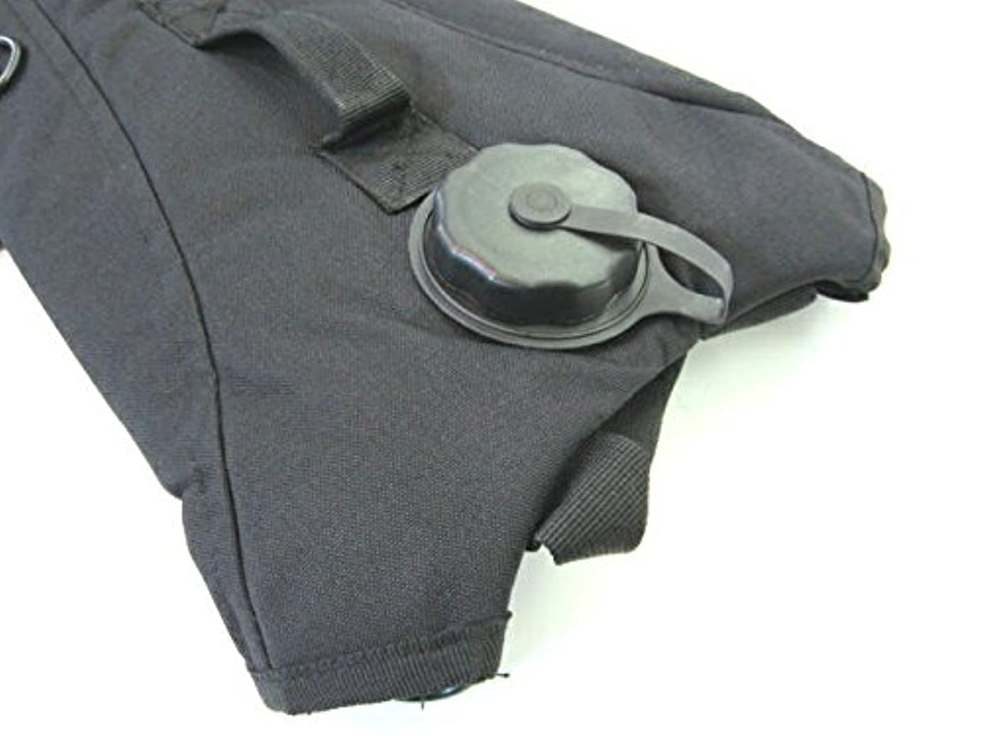 エジプトリベラルジャングル【 ハイドレーション 】 2.5Lの水分を携行可能な ハイドレーションバッグ !! 背中に背負ったり、ベストやリュックにも!! (BLACK)
