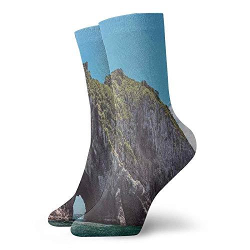 Calcetines suaves de media pantorrilla, famosos elefantes con forma de roca con el gran agujero en la bahía de las islas Nz Cavern tranquilos, calcetines para mujeres y hombres mejores para correr