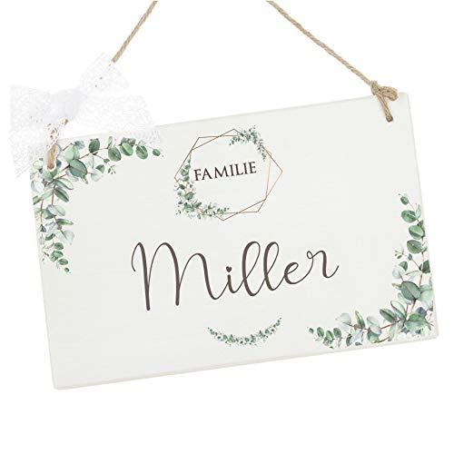 Manufaktur Liebevoll Türschild mit Namen und Eukalyptus I Familienschild für die Haustür I Geschenkidee zur Hochzeit, zum Geburtstag, zu Weihnachten u.v.m.