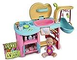 Nenuco- Maxi Care, muñeca bebé con Centro de cuidados con Cambiador, Cuna y Ducha y Accesorios, Todo en uno (Famosa 700015777)