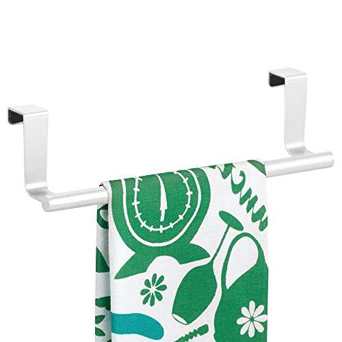mDesign Barra para colgar paños de cocina – Colgador de cocina para las puertas de los armarios – Toallero de baño de metal – blanco mate
