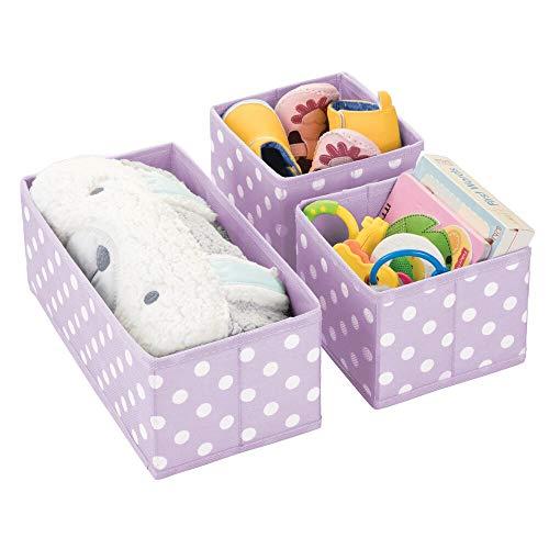 mDesign Juego de 3 cajas de almacenaje para habitación infantil o baño – Cestas organizadoras con estampado de lunares – Organizadores de armarios de fibra sintética en dos tamaños – violeta/blanco