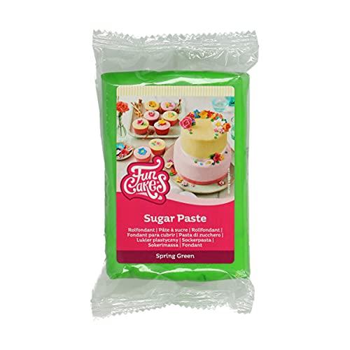 FunCakes Pasta di Zucchero Spring Green: facile da usare, liscia, flessibile, morbida e pieghevole, perfetta per decorare torte, halal, kosher e senza glutine. 250 gr
