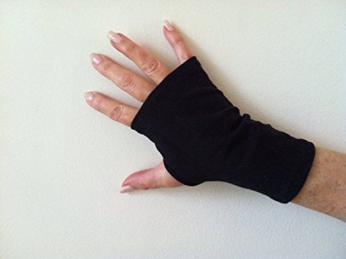 SPF 50 Stretch Fingerless Gloves Black. One Size Fits All.
