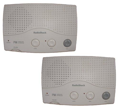 Radio Shack Wireless FM Intercom 43-493 Set Of 2