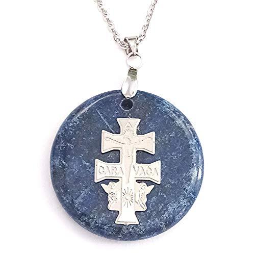 ARITZI - Colgante Redondo de Mineral Natural con símbolo de Cruz de Caravaca y Cadena de 50 cm en Acero - Lapislázuli