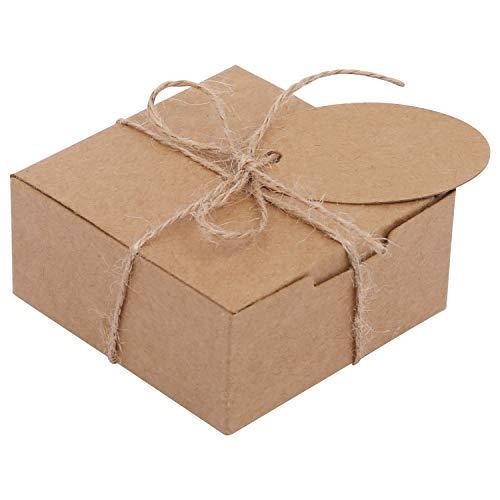 Belle Vous Kraft Cajas de Regalo (Pack de 50) - (7,5x7,5x3,5cm) Kraft Marrón Cajas Regalo Autoensamblables Cuadradas con Etiquetas y Cuerda de Cáñamo para Bodas Presentación Regalos, Fiestas, Dulces