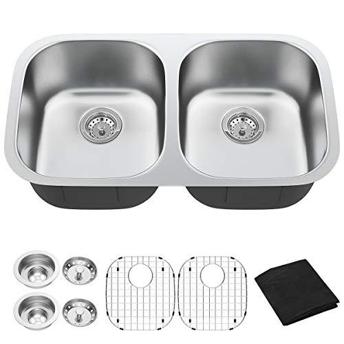 """Giantex Undermount Double Bowl Kitchen Sink 50/50 Wash Sink 16 Gauge Stainless Steel Dual Sinks with Accessories 9"""" Deep (32.5''Lx18''Wx9''H)"""