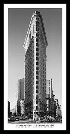 Póster de Henri Silberman Flatiron Building con marco de madera de haya negro