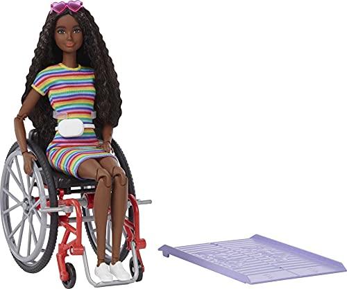 Barbie Fashionistas Bambola Afroamericana con Sedia a Rotelle e Vestiti alla Moda, Giocattolo per Bambini 3+Anni,GRB94