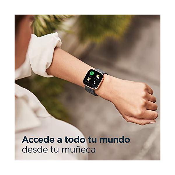 Fitbit Versa 2, Smartwatch con control por voz, puntuación del sueño y música, batería de +4 días 3