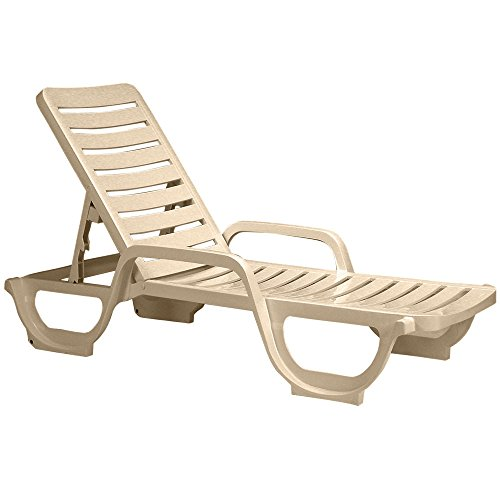 Case of 18 Grosfillex Bahia Stacking Adjustable Resin Chaise - Sandstone