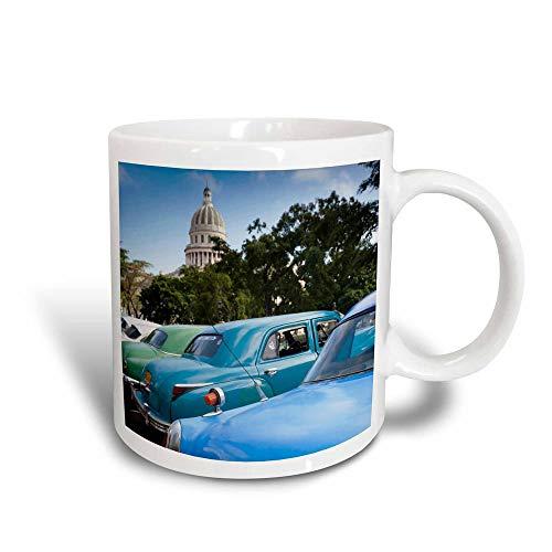 Lawenp mug_134276_3 Cuba, La Habana, Parque De La Fraternidad Coche clásico Ca11...