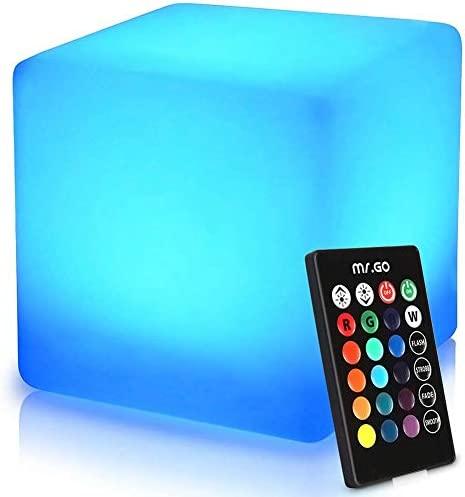 Acrylic cube table _image4