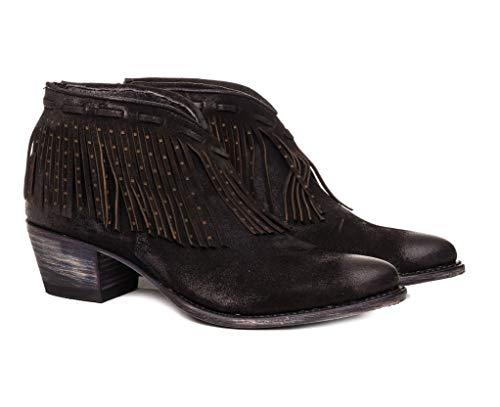 Sendra Boots western laarzen met franjes 13312 Lia in spanning.