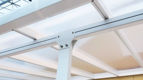 Hochwertige ALU Terrassenüberdachung/Veranda – 550 x 300 (BxT) / Überdachung/Pergola Palram Feria Weiß - 3