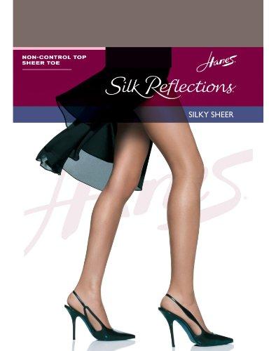 Hanes Women`s Set of 3 Silk Reflections Non-Control Top Sheer Toe Pantyhose EF, Quicksilver