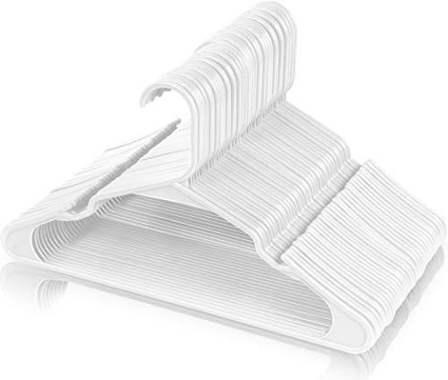 Utopia Home (50 pezzi) Grucce robuste in plastica (42 cm) – Durevole, sottile e grucce in feltro di alta qualità per l' armadio - Ideato per t-shirt, abiti, camicette, pantaloni, giacca (Bianco)