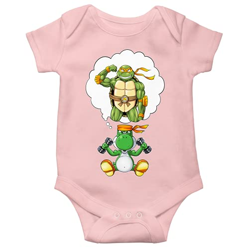 Yoshi - Teenage Mutant Hero Turtles - TMHT Lustiges Rosa Kurzärmeliger Baby-Bodysuit (Mädchen) - Yoshi, Michelangelo und Teenage Mutant Hero Turtles (Yoshi - Teenage Mutant Hero Turtles - TMHT Parodi