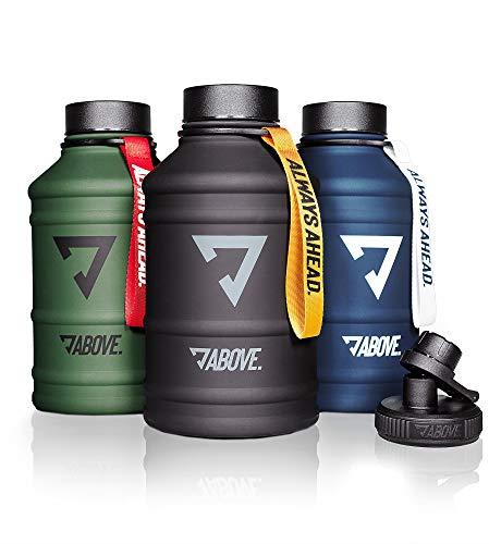 ABOVE. 1,3L - 2,2L Edelstahl Trinkflasche I Extra Trinkverschluss I BPA Frei I Kohlensäure Geeignet I Robuste & Auslaufsichere Water Jug für Fitness, Sport & Gym (2.2L, Schwarz-gelb)
