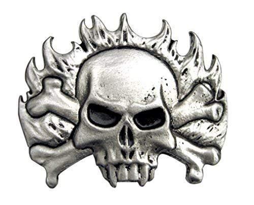 Piratenladen Buckle mit Totenkopf, im Hintergrund Flammen - Gürtelschnalle