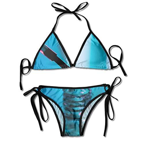 Damen-Bikini-Set mit Nagellack, Flasche, blauer Hintergrund, V-Draht, gepolstert, gerippter Schnitt, zweiteiliger Badeanzug