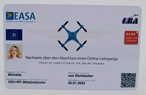 Roboterwerk Carné de conducción de dron según las normas LBA. Certificado de competencia de la UE A1/A3 y A2, con código QR + ID de foto y datos de dirección en la parte trasera
