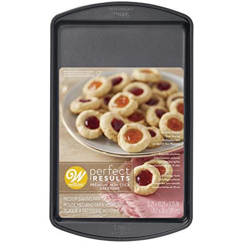Wilton Perfect Results Premium Non-Stick Bakeware Cookie Sheet, 15 x 10-Inch