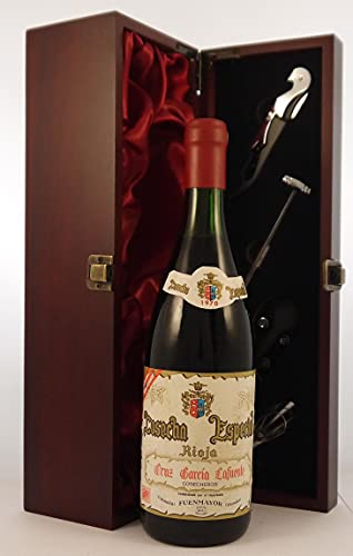 Rioja Cosecha Especial 1970 Garcia Lafuente en una caja de regalo forrada de seda con cuatro accesorios de vino, 1 x 750ml