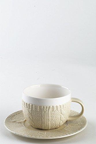 2er Set Cappuccino-Tassen mit Untertasse aus Porzellan, bicolor weiss / sandfarben, in schicker Strickoptik, aus der Kollektion Pullover von TOGNANA. 370 ml. Volumen