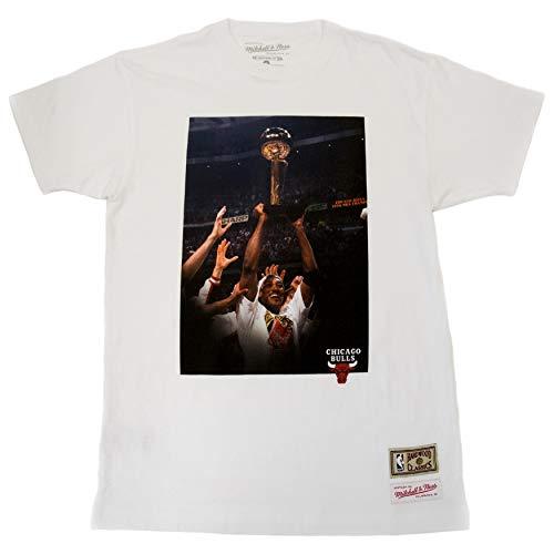 Mitchell & Ness Off Court tee (C. Bulls, S. Pippen, White, S)
